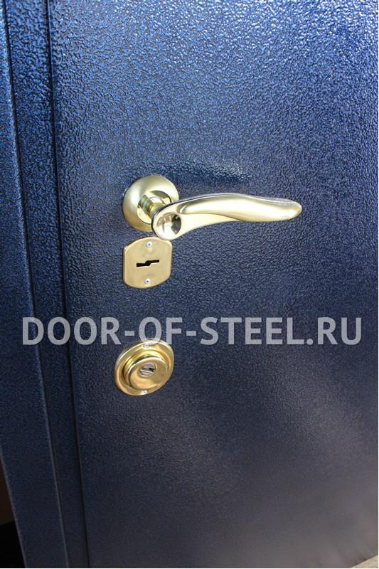 железные двери недорого с металическим напылением